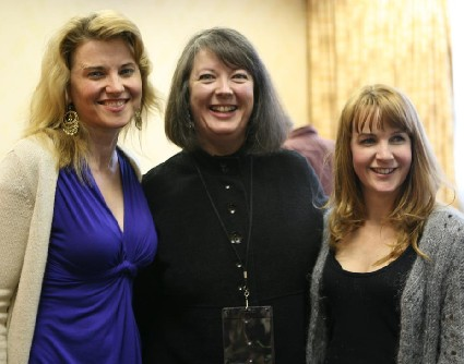 Photo of Lucy Lawless, Christie Keith, and Renee O'Connor at the 2008 Xena Convention by KT Jorgensen
