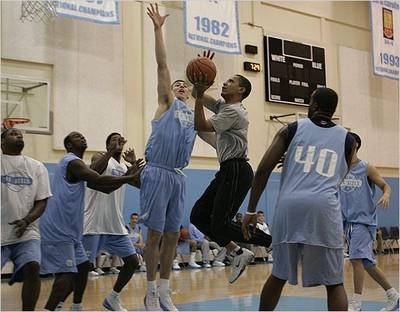 Obamabasketball_2